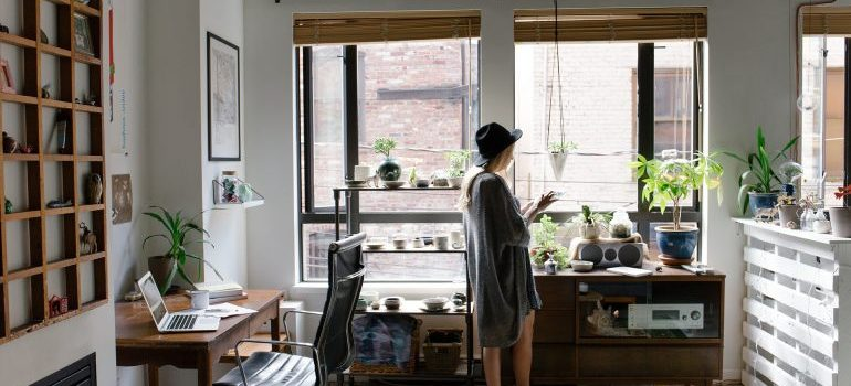 A women in her apartment